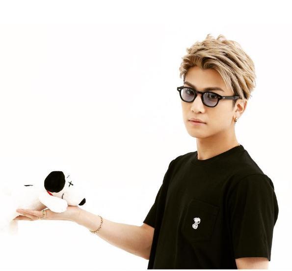 岩田剛典 スヌーピー 4月28日はユニクロへGO!